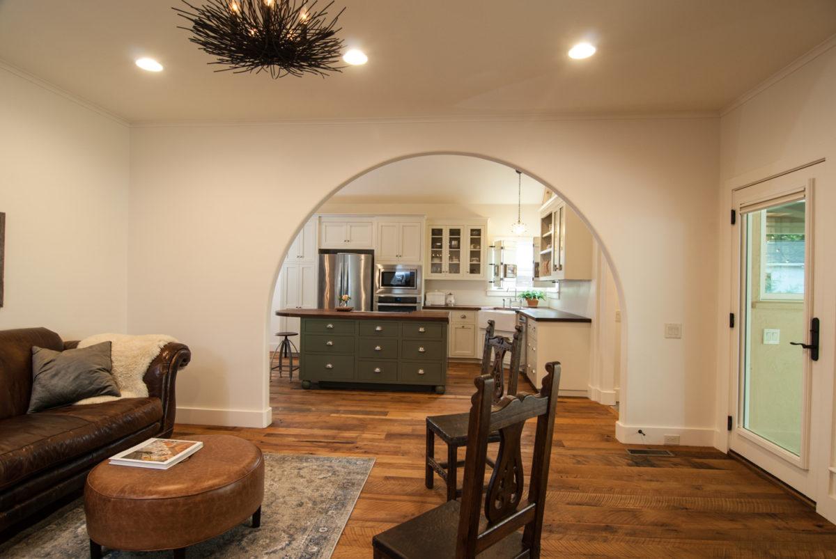 Custom Home Luxury Cottage Davidson NC McMillan Builders RGB0003