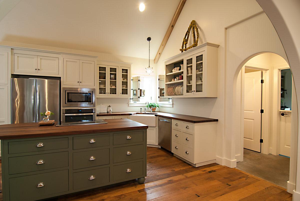 Custom Home Luxury Cottage Davidson NC McMillan Builders RGB0006