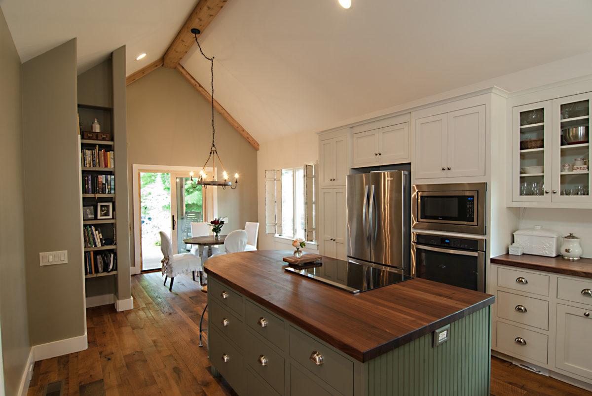 Custom Home Luxury Cottage Davidson NC McMillan Builders RGB0015