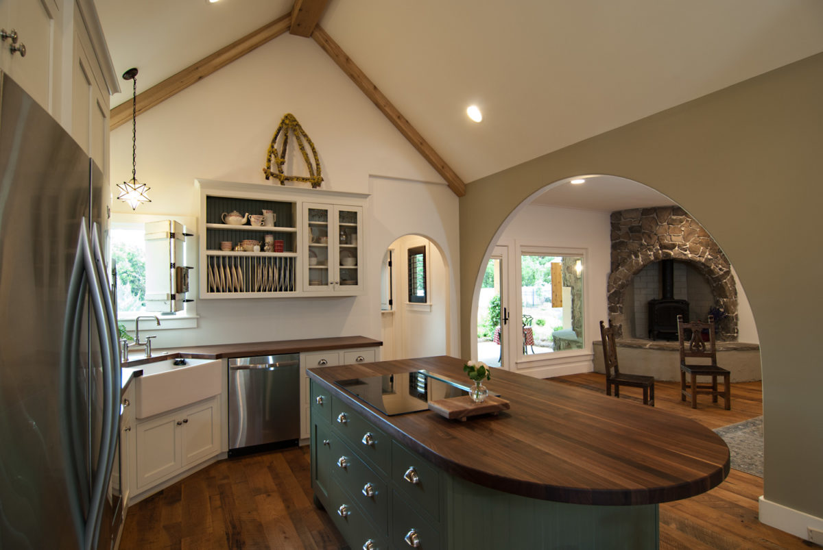 Custom Home Luxury Cottage Davidson NC McMillan Builders RGB0050