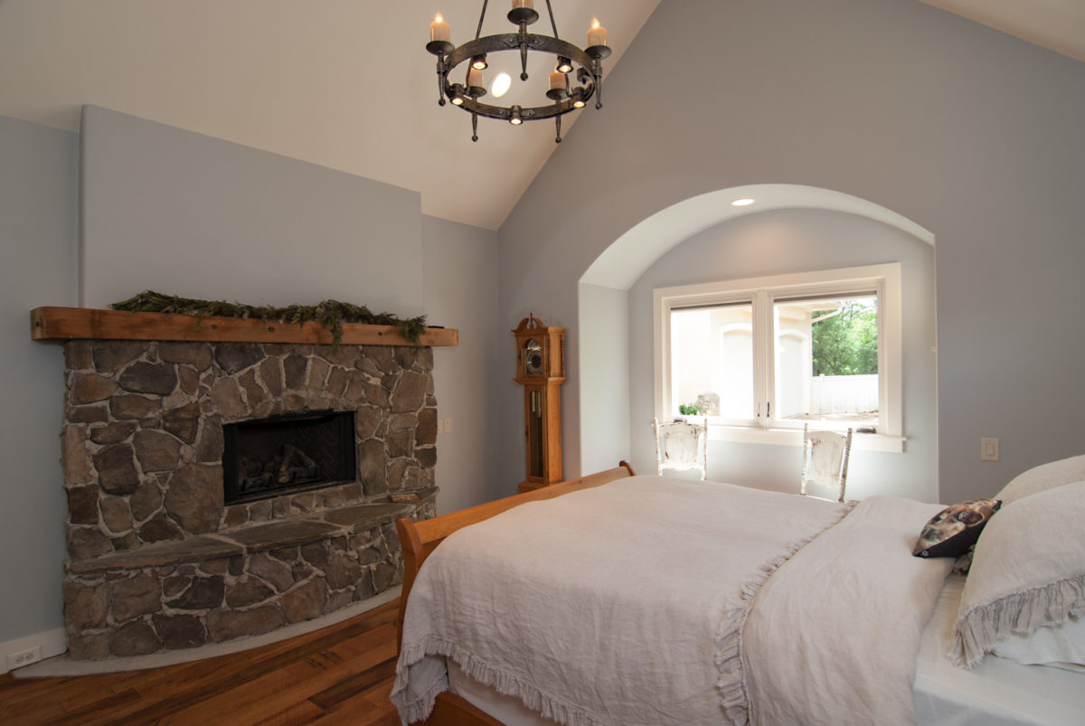 Custom Home Luxury Cottage Davidson NC McMillan Builders RGB0061